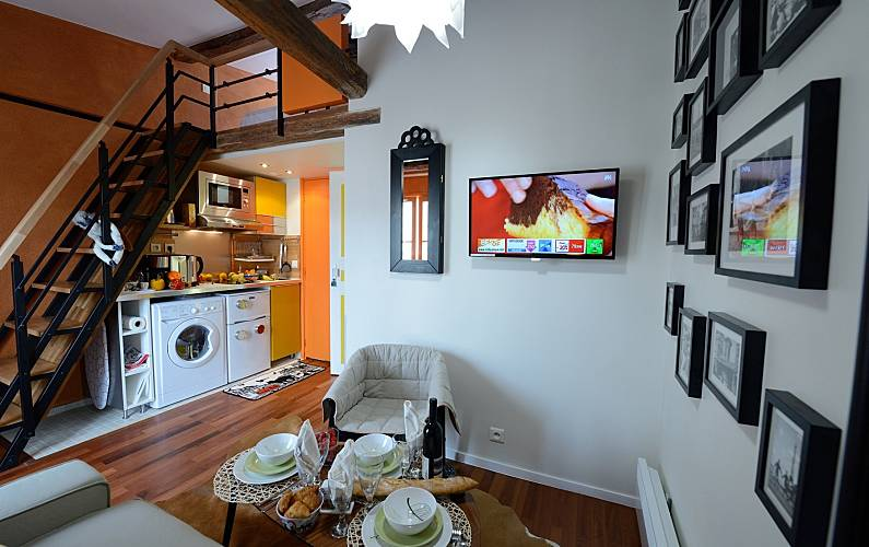 wohnung f r 3 personen in paris 4e paris 3e paris paris. Black Bedroom Furniture Sets. Home Design Ideas