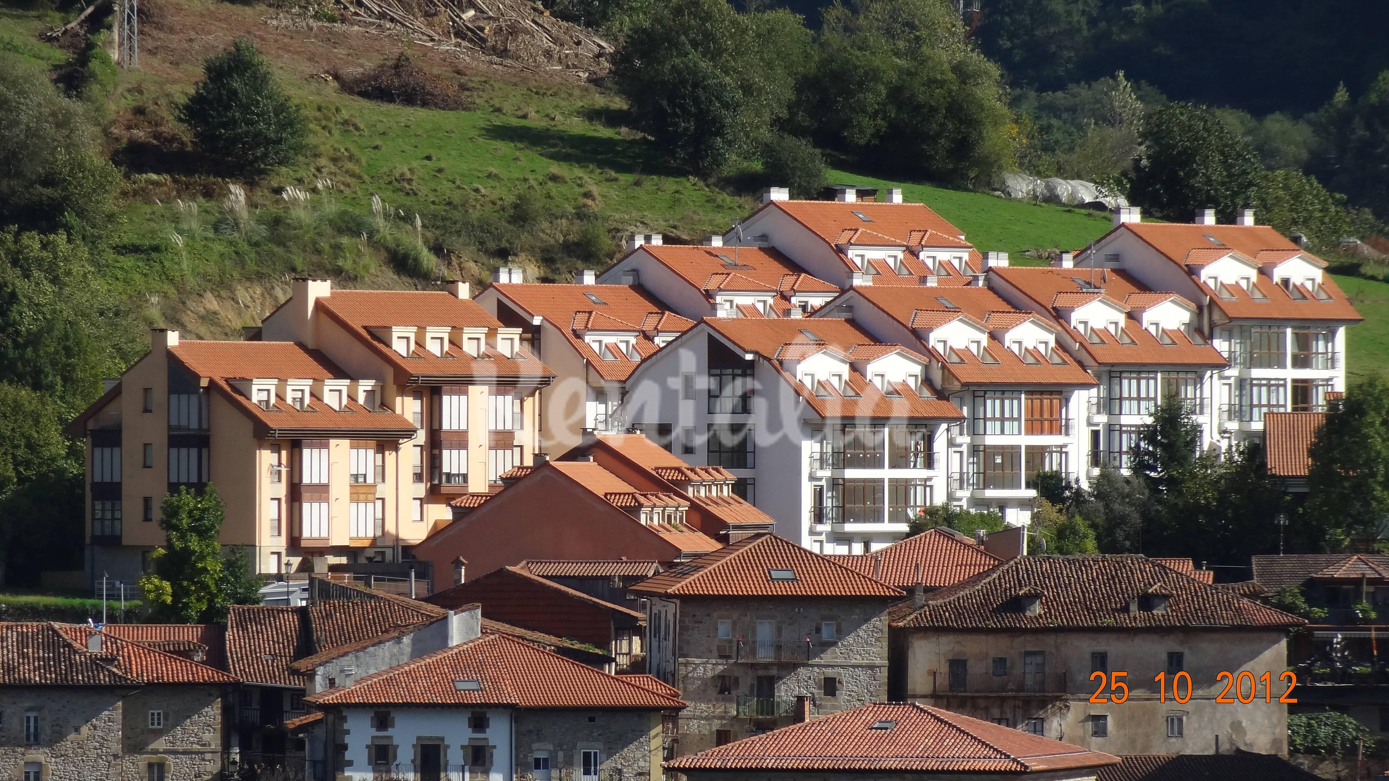 Alquiler vacaciones apartamentos y casas rurales en limpias cantabria - Casas alquiler castro urdiales ...