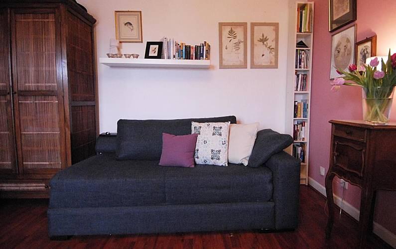 wohnung zur miete in paris 9e paris 9e paris paris. Black Bedroom Furniture Sets. Home Design Ideas