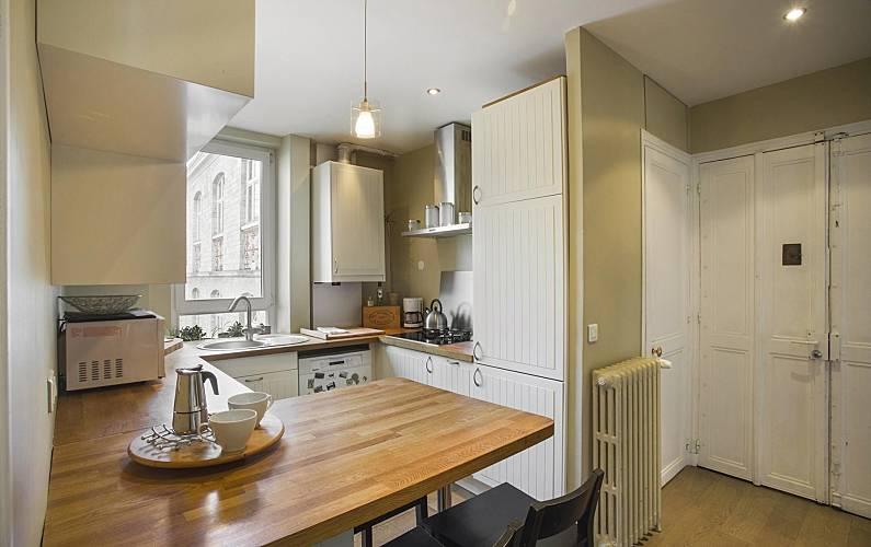 wohnung zur miete in paris 11e paris 11e paris paris. Black Bedroom Furniture Sets. Home Design Ideas