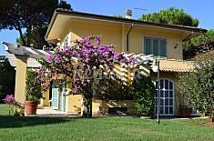 Villa per 9 persone a 350 m dal mare Lucca