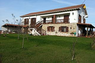 Casa en la costa, piscina y pista de tenis 6/7 per Cantabria
