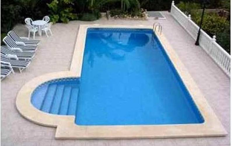 Bella casa rurale con piscina e giardino la murta for Bella casa con piscina