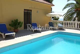 Villa en alquiler en zona tranquila de Altea . Alicante