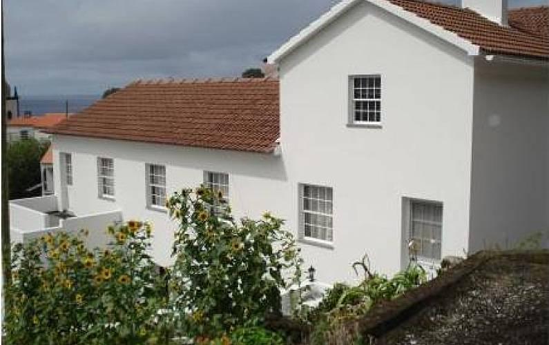 2 Exterior da casa Ilha do Pico Lajes do Pico Casas - Exterior da casa