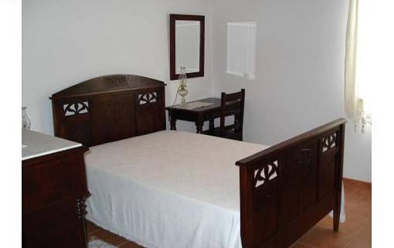 2 Bedroom Pico Island Lajes do Pico homes - Bedroom