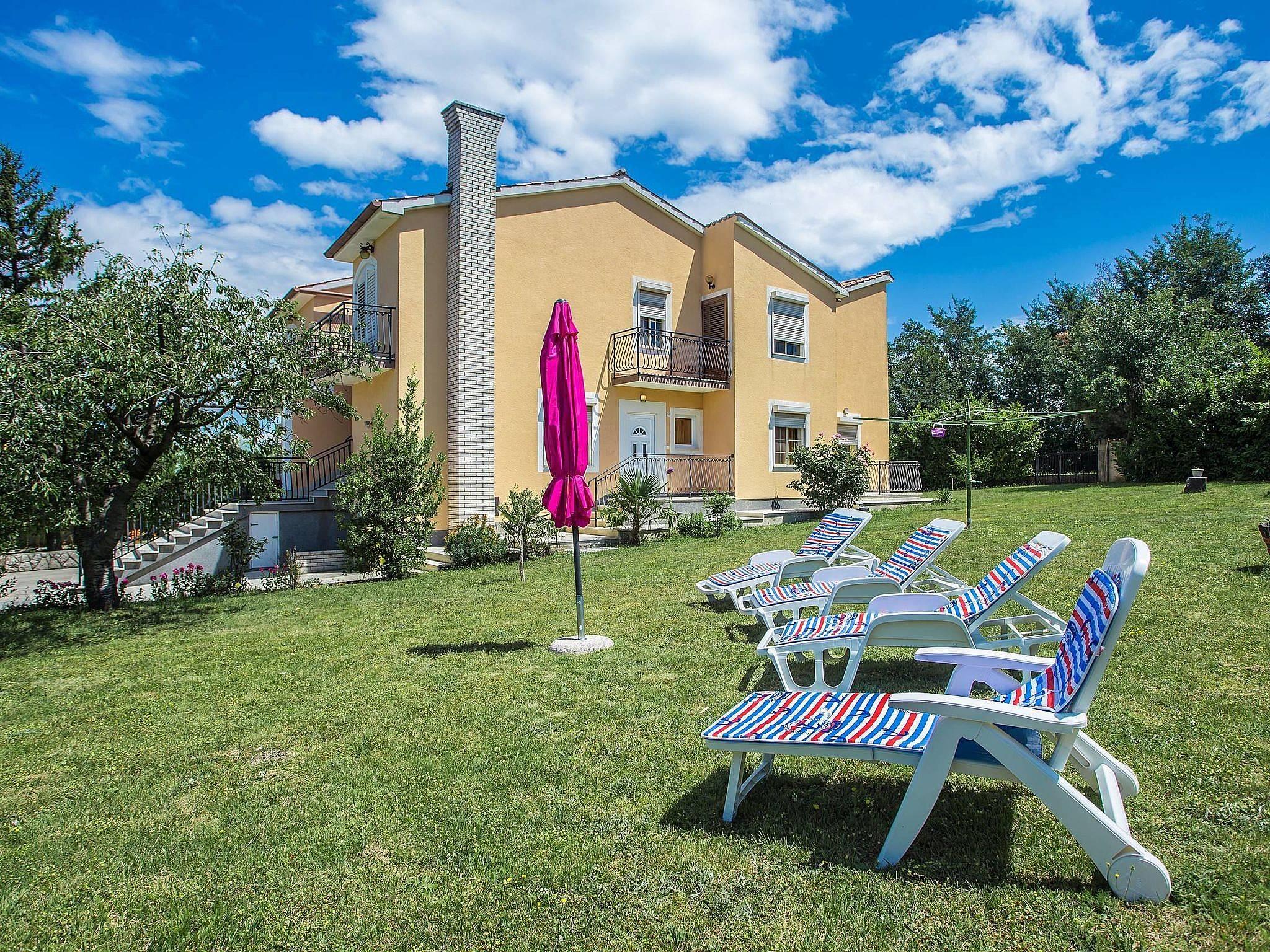 Apartamentos salakovci labin alquiler apartamentos y - Apartamentos en lisboa baratos ...