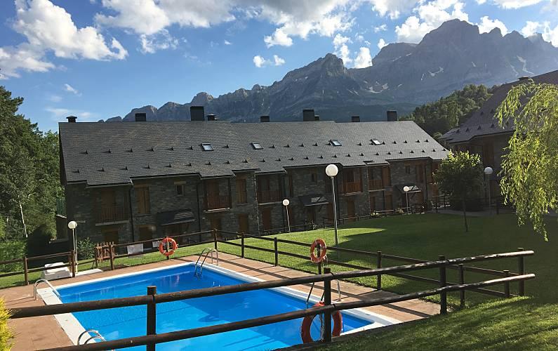 House Swimming pool Huesca Sallent de Gállego House - Swimming pool