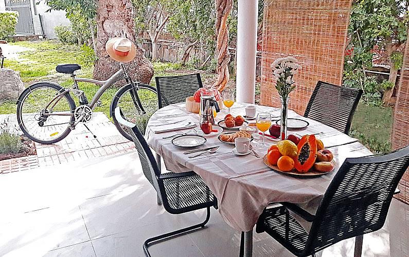 Cozy Terrace Gran Canaria San Bartolomé de Tirajana House - Terrace