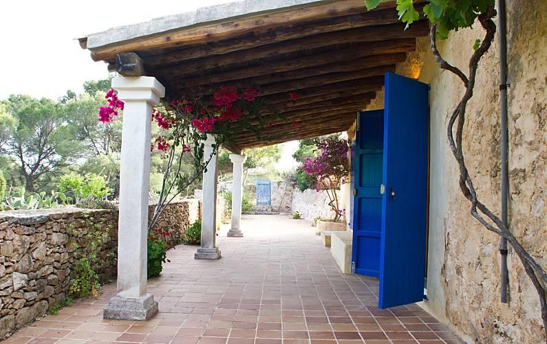 Badkamer Op Formentera : Casa es torrent villa voor 4 5 personen op 6 kilometer van het