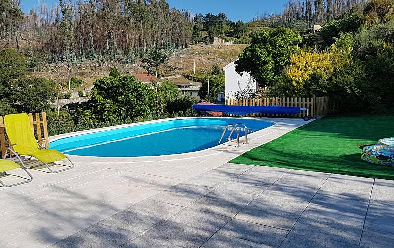 Casa Piscina Viana do Castelo Valença Villa rural - Piscina