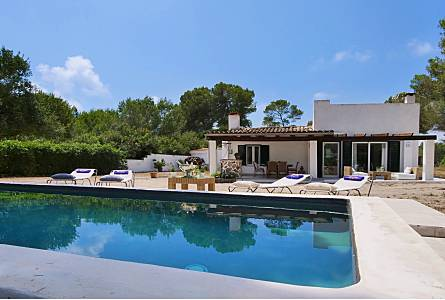 House With 2 Bedrooms Only 200 Meters From The Beach Majorca