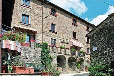 Casa con 5 stanze con piscina Lucca