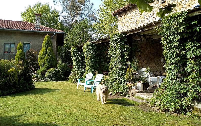 Casa Montaña Siglo XVII con jardín. Vizcaya/Bizkaia