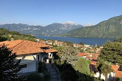 Casa con 5 stanze a 1000 m dal lago Como