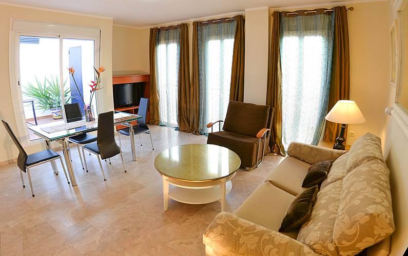 15 Neue Wohnungen 1 O 2 Zimmer Sevilla Zentrum Ab 34 Euros