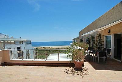 Ático de 3d+2b en 1ª línea de Playa Huelva