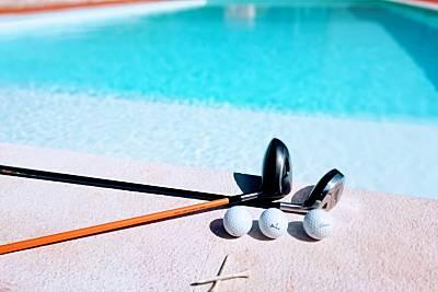 3 habitaciones, jardín y piscina en Praia d'el Rey Leiria