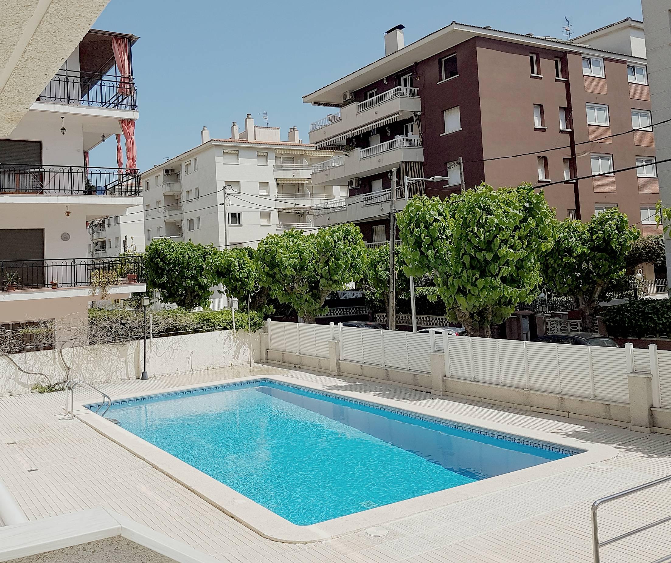 Apartamento En Venta En Segur De Calafell: Apartamento En 2ª Linea Del Paseo Marítimo