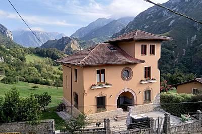 Villa de 4 habitaciones en Asturias Asturias