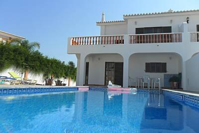 Villa de 3 habitaciones a 1200 m de la playa Algarve-Faro