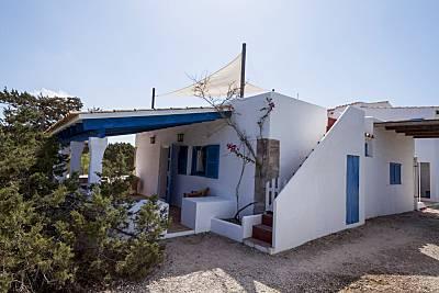 Casa Tramontana 4 pax.Es Caló.A 800m playa Migjorn Formentera