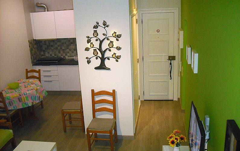 Apartment for 2 people only 100 meters from the beach Algarve-Faro - Living-room