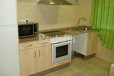 3 apartamentos para 2 12 personas a 80 m de la playa - Mundo cocinas vigo ...
