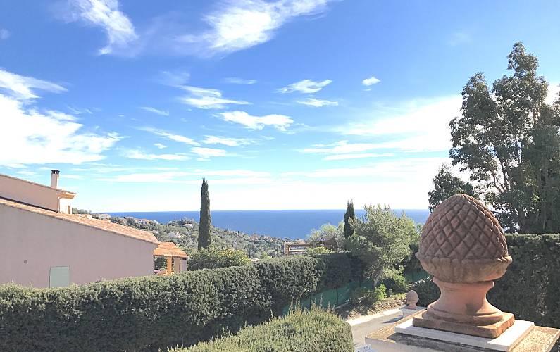 Villa Var Roquebrune-sur-Argens villa -