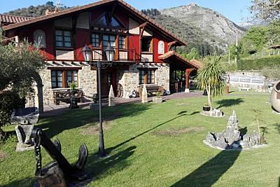Espaciosa villa con piscina Vizcaya/Bizkaia