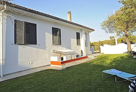 Giardino Pietra Rossa Sardegna : Affitti case vacanze isola rossa trinità d agultu e vignola