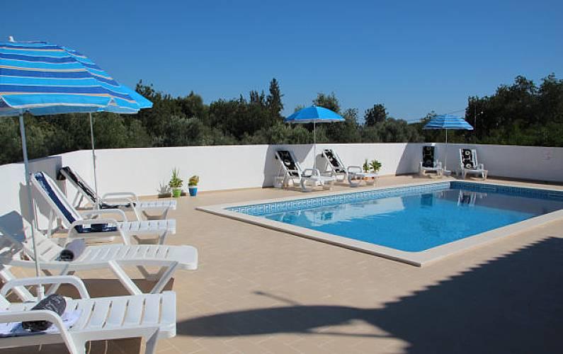 Villa for 10-12 people 7 km from the beach Algarve-Faro -