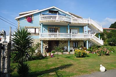 Apartamentos turisticos extrahoteleros El Burby.  Cantabria