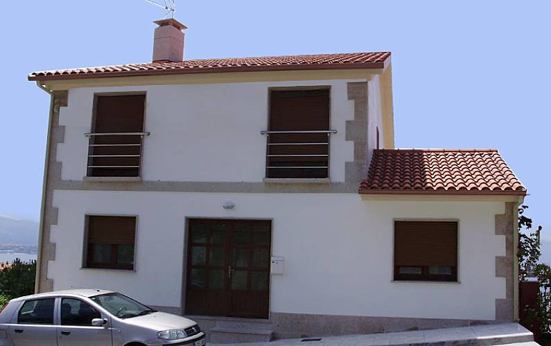 New house 1.5 km from the beach Pontevedra - Outdoors