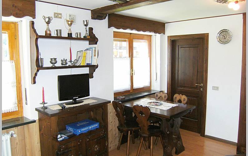 Studio Dining-room Aosta Valtournenche Apartment - Dining-room