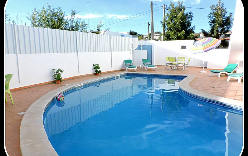 4 Apartments for 3-4 people 1.7 km from the beach Algarve-Faro - Swimming pool