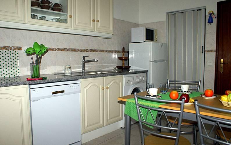 4 Kitchen Algarve-Faro Albufeira Apartment - Kitchen
