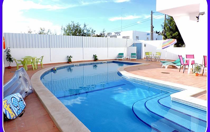 4 Algarve-Faro Albufeira Apartment -