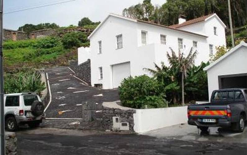 2 Houses only 200 meters from the beach Pico Island - Outdoors