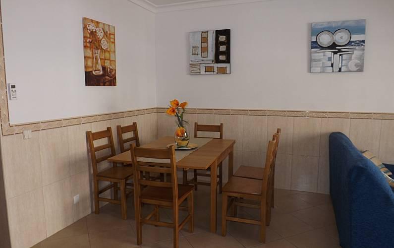 2 Dining-room Algarve-Faro Albufeira Apartment - Dining-room