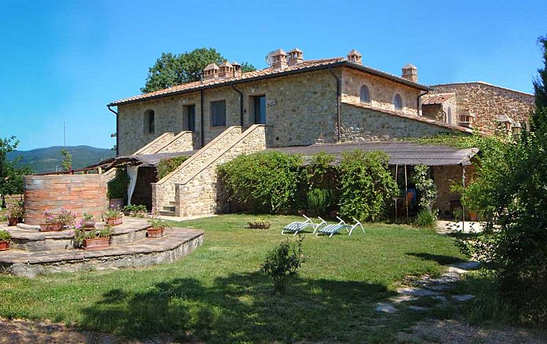 Casale Refoli MELOGRANO 4-5 people Siena - Outdoors