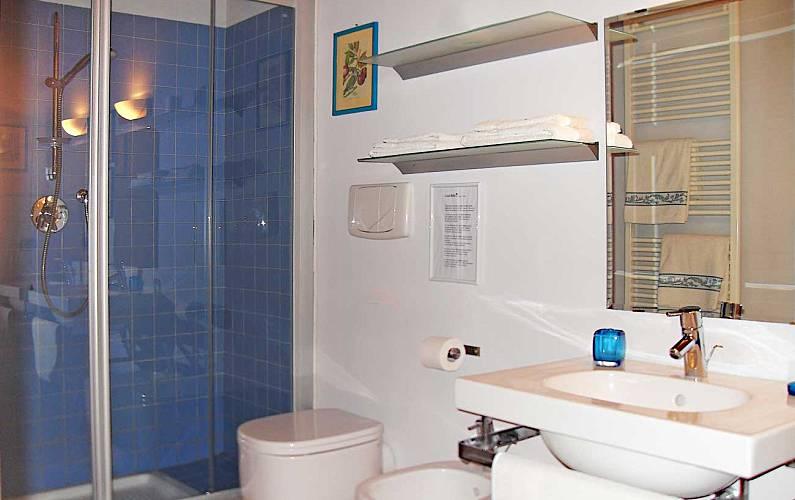Casale Bathroom Siena Casole d'Elsa Apartment - Bathroom