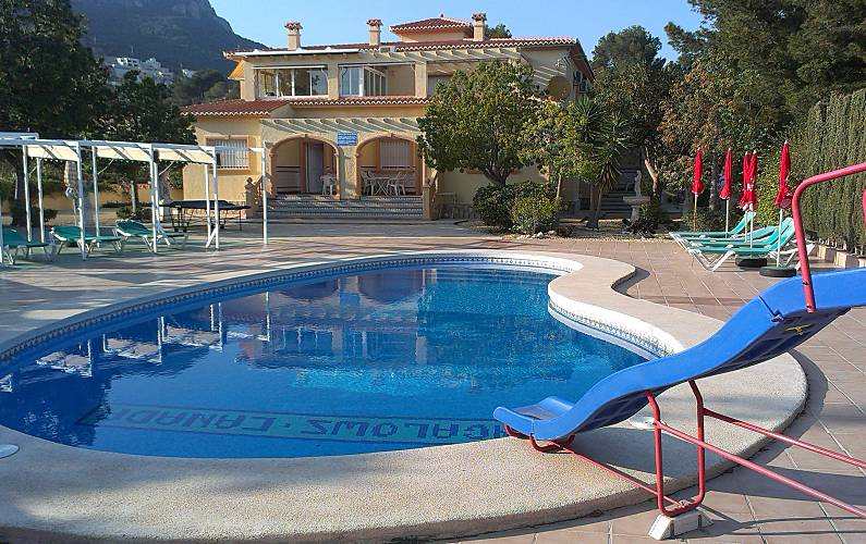 4 House for rent only 800 meters from the beach Alicante - Outdoors
