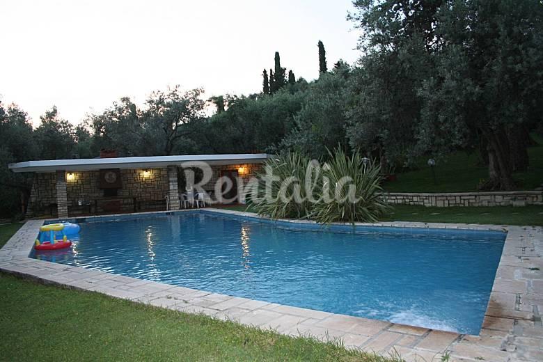 Villa en alquiler con piscina tivoli roma - Villa con piscina roma ...