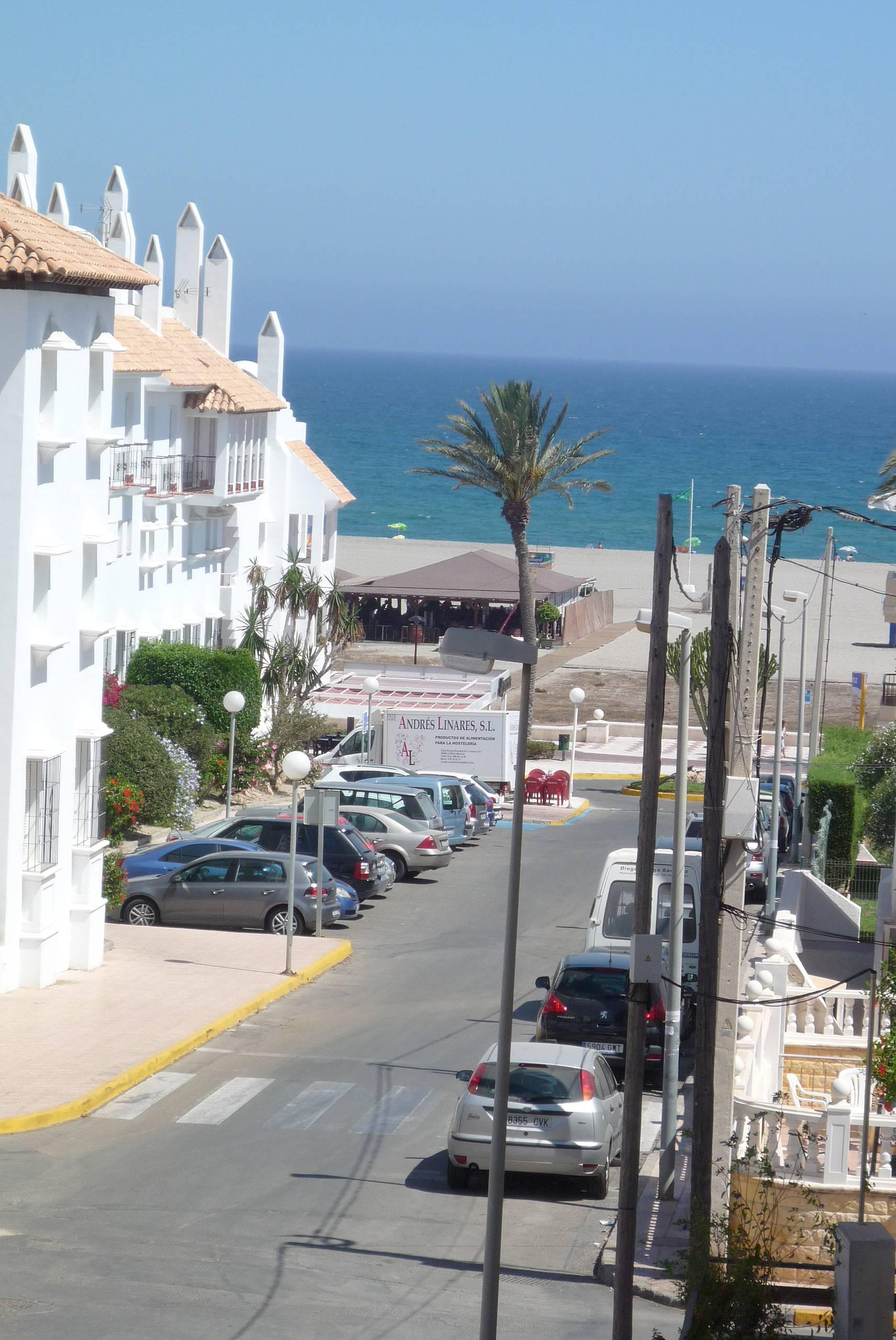 Apartamento en alquiler a 50 m de la playa vera playa for Apartamentos en vera almeria
