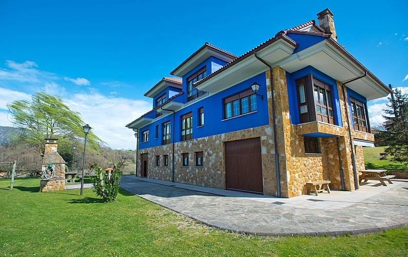 Casa para alugar com jardim privado Astúrias - Exterior da casa