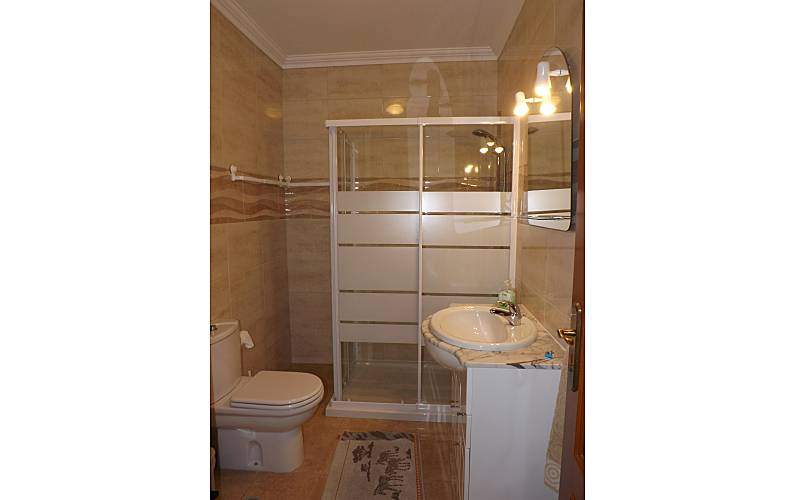 2 Bathroom Algarve-Faro Albufeira Apartment - Bathroom