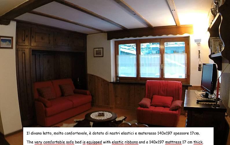 Studio Bedroom Aosta Valtournenche Apartment - Bedroom