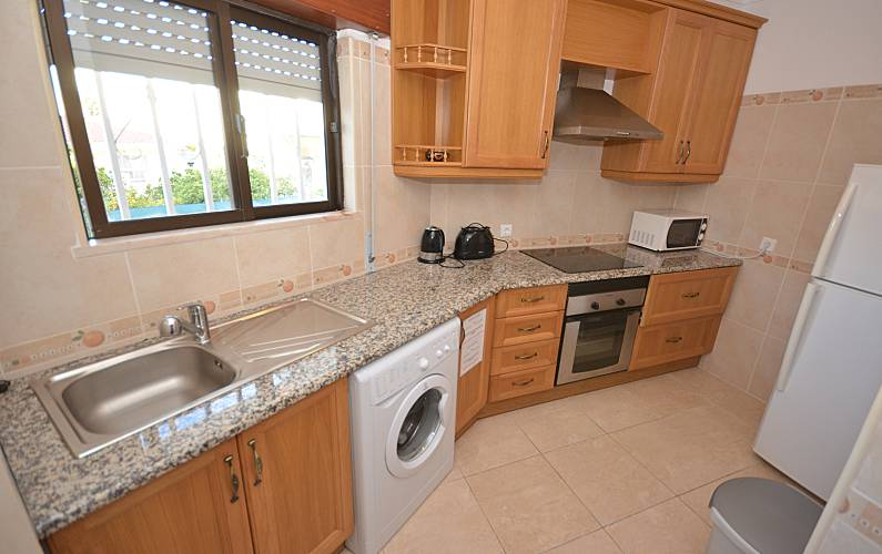 6 Kitchen Algarve-Faro Albufeira Apartment - Kitchen
