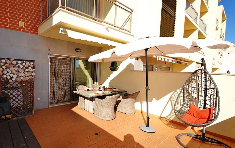 Unique 2 bed Apt close to the Beach Free WIFI Algarve-Faro -